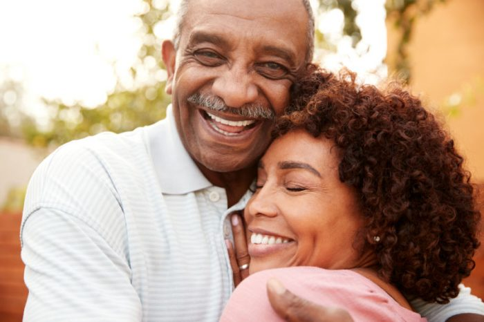 Manassas dentists | Older couple smiling